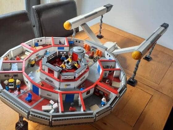 LEGO USS Enterprise12