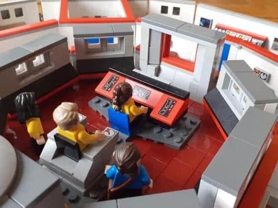 LEGO USS Enterprise16