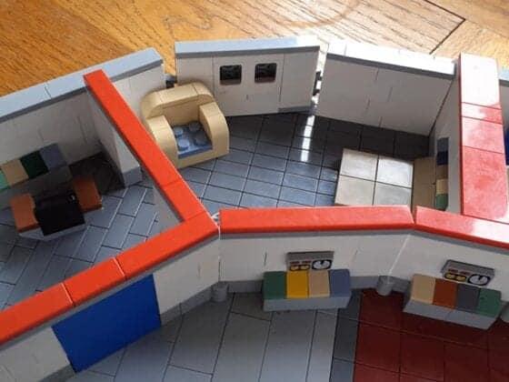 LEGO USS Enterprise25