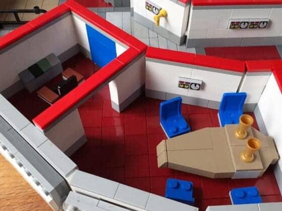 LEGO USS Enterprise28