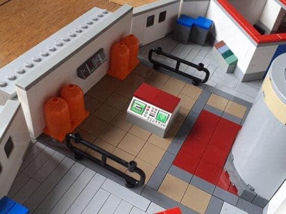 LEGO USS Enterprise29