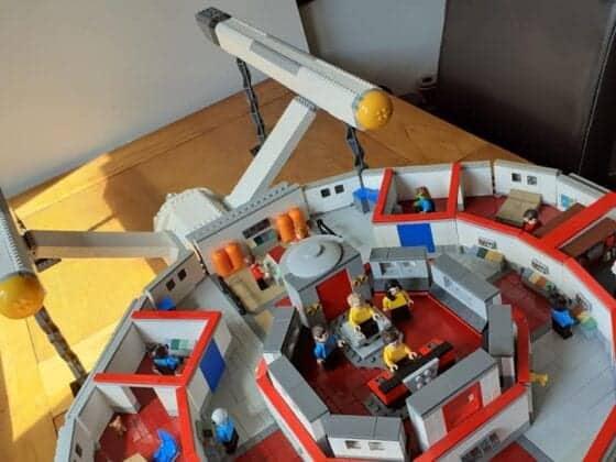 LEGO USS Enterprise3