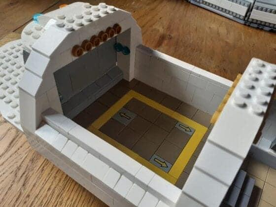 LEGO USS Enterprise36