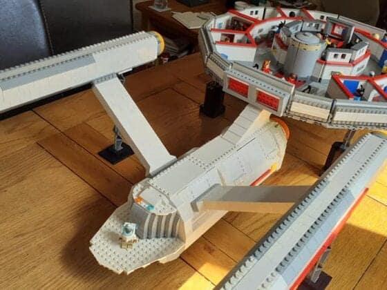 LEGO USS Enterprise8